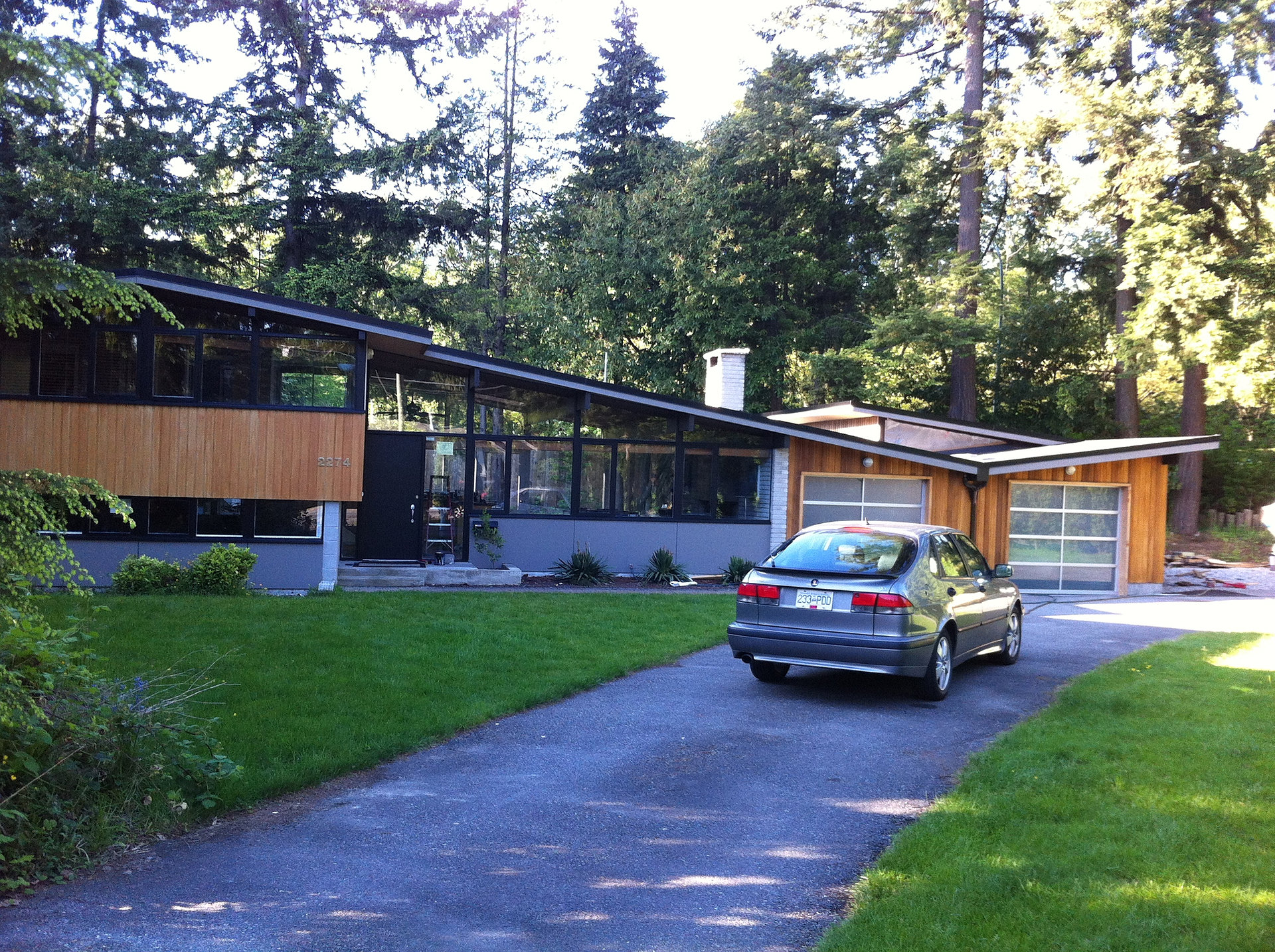Modern houses in north vancouver