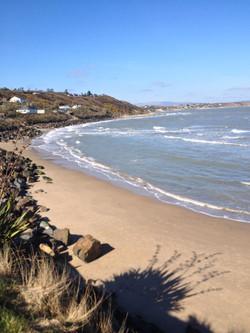Private access to beach-Poulshone