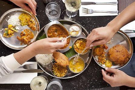 Thali végétarien au Restaurant 5 Fourchettes de Bangui, spécialitée indienne