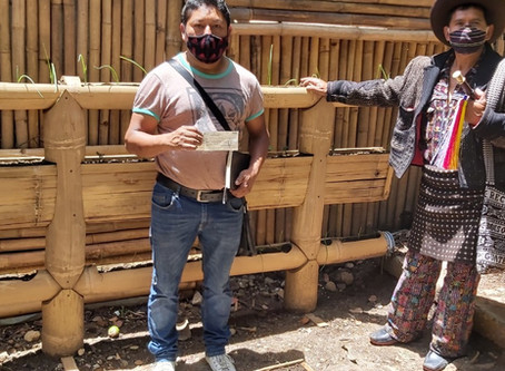 Emergency Relief – Guatemala: Tears of Gratitude after Distribution of Aid Packages