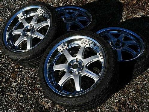 комплект кованных колес 18 дюймов, разноширокий.