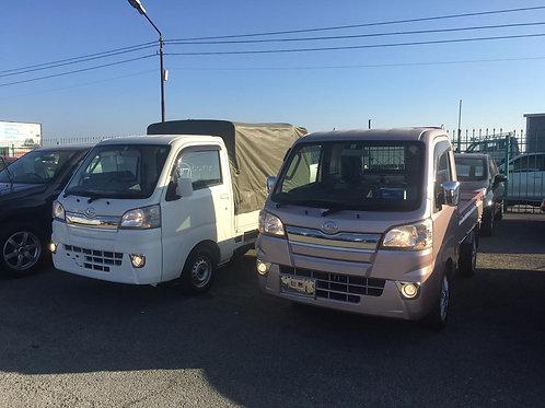 Продам грузовик Daihatsu Hijet Truck 2016 года выпуска.
