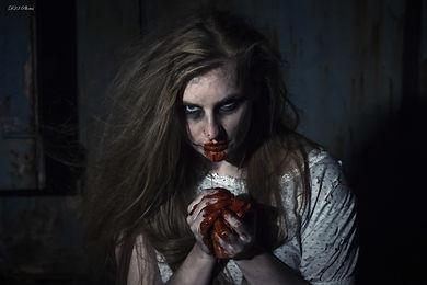 d5fb3_Laura_Cannibal_4_LR_PS_wm.jpg