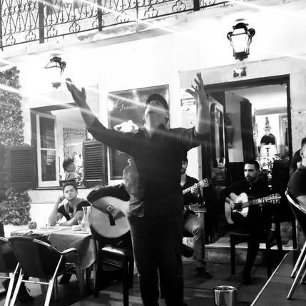 Fado: la voce della saudade portoghese