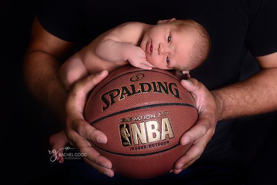 Mathias' short and sweet newborn session.