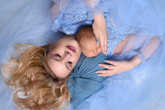 Strongsville newborn photographer, Meet Bryce