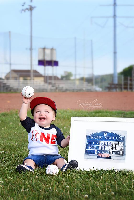 Baseball Smash Cake Session with Caden.