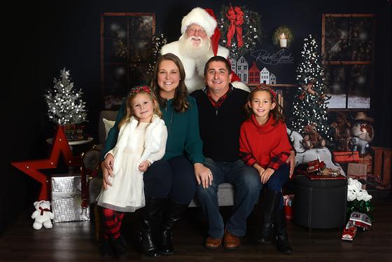 Santa minis 2019 round one.