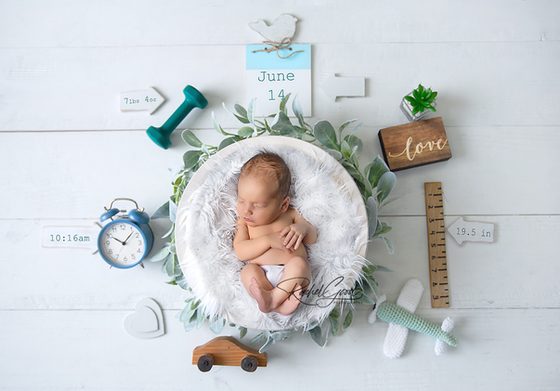 Meet Beckham. Parma Newborn Photographer