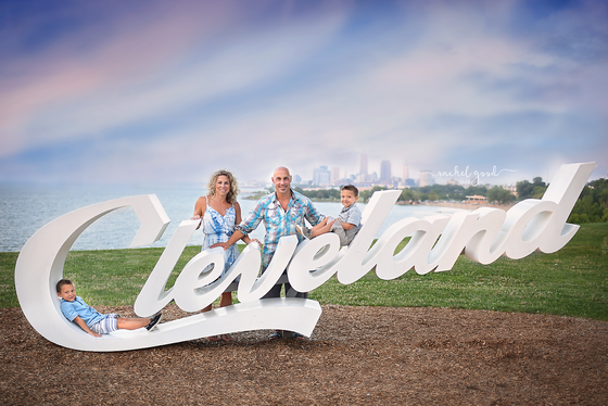 Edgewater Beach, Cleveland Family Photographer
