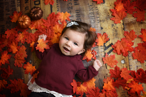 First Year of Life Client, Maddie. 4 months milestone. North Royalton Photographer