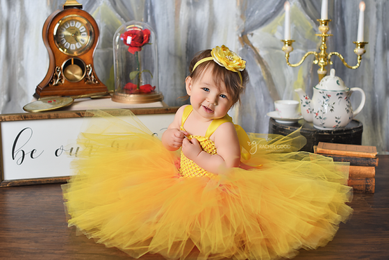 Beauty & the Beast First Birthday Photoshoot with Isabelle | sneak peeks