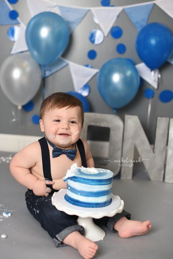 Weston turns ONE. Blue Cake Smash.