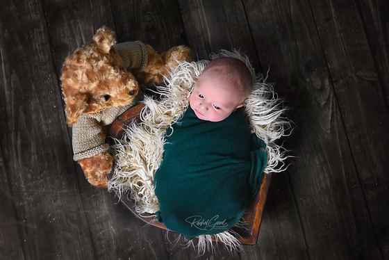 Welcome home newborn session with Landyn