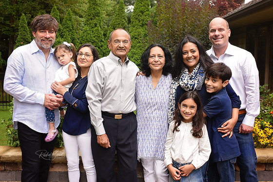 Patel Extended Family Session, Highland Heights photographer
