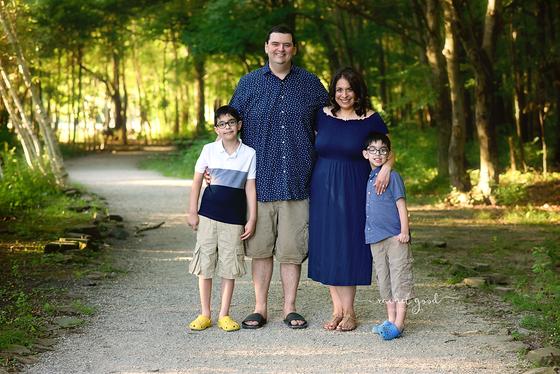Dubinsky Family | Coe Lake, Berea, OH Family Session with Photographer Rachel Good