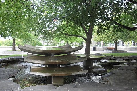 GreatLakesFountain.jpg