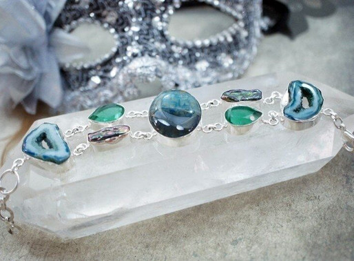 5 Easy Ways On How To Use Crystals In Your Life