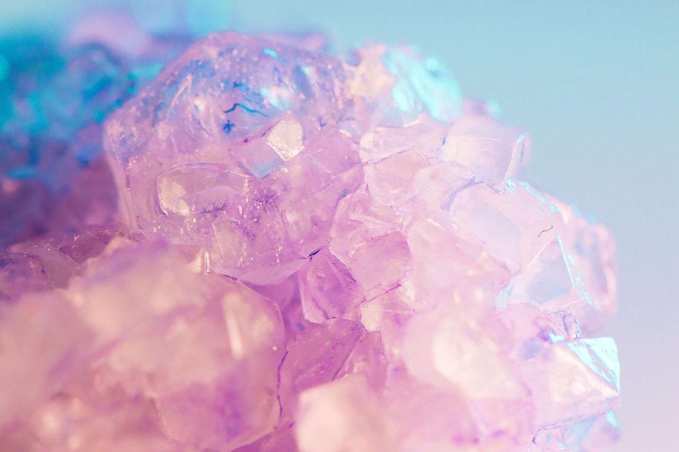 THE HAPPY HEALING SHOP - purple amethyst crystal background