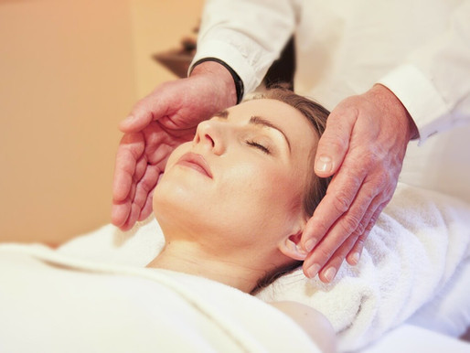 Reiki Healing Therapy: The Basics You Need To Know About This Healing Technique