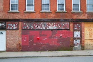 Red balloon in NewLondon, CT