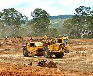 bulldozer-410119.jpg