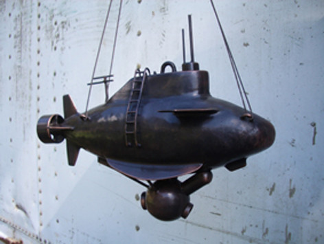 Submarine model 2