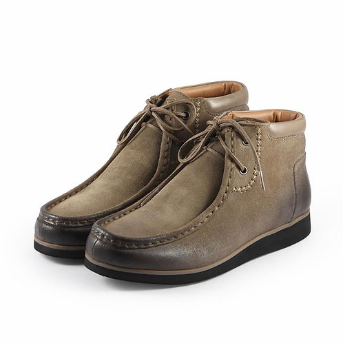 Koln Wallabee Boots in Taupe