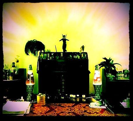 Opus Oils Mixed Media Perfume School