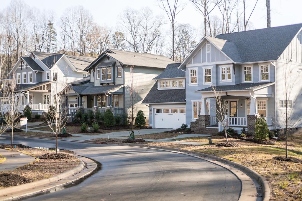 3houses.jpg