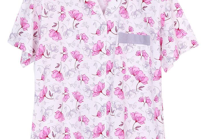 Josilins Good Life Good Vibe Carnations _Short T-Shirt With Capri Pants