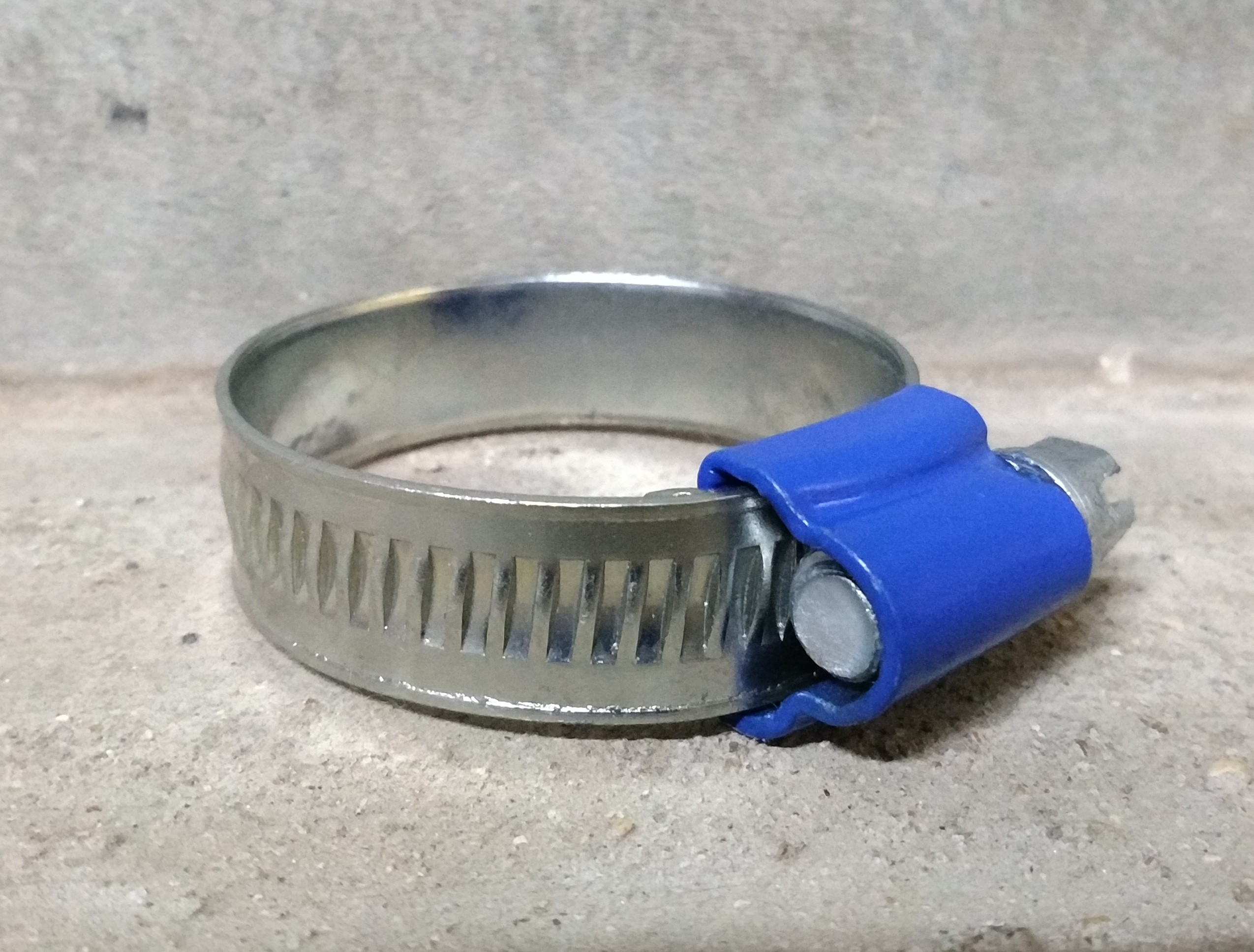 SL - Blue Hose Clamp