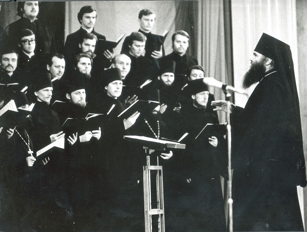 Издавна секрет церкви заключался в музыкальном сопровождении Источник: fastly.net