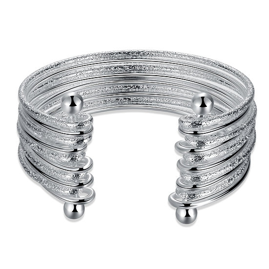Savigny-sur-Orge Bangle in 18K White Gold Plated