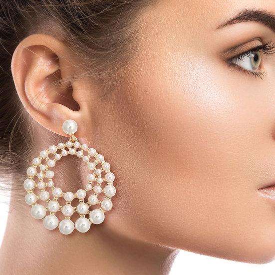 Cream Pearl Graduated Earrings