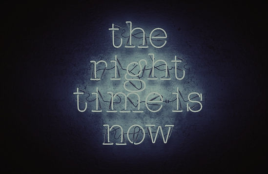 blue-neon-sign-quote-the-right-time-is-n