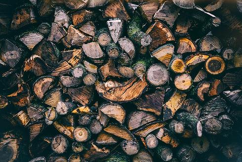 woodpile-wall-winter-season-background_t