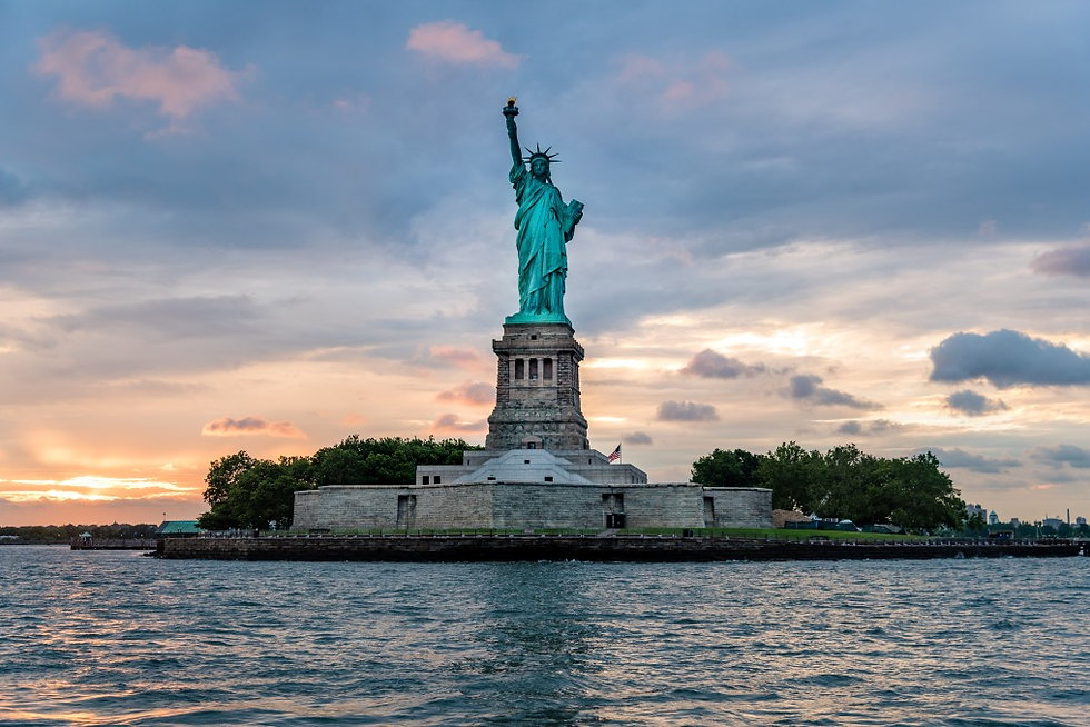 statue-of-liberty-national-monument-at-s
