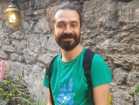 Özgür Çırak'a Sorduk: Yazarlık Kariyerinizde Sizi En Çok Etkileyen 5 Öykü Kitabı Hangisidir?