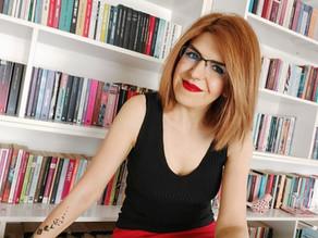 Senem Gezeroğlu'na Sorduk: Yazarlık Kariyerinizde Sizi En Çok Etkileyen 5 Öykü Kitabı Hangisidir?