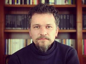 Sedat Demir'e Sorduk: Yazarlık Kariyerinizde Sizi En Çok Etkileyen 5 Öykü Kitabı Hangisidir?