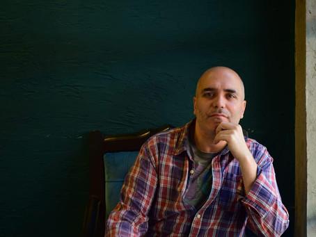 Polat Özlüoğlu'na Sorduk: Yazarlık Kariyerinizde Sizi En Çok Etkileyen 5 Öykü Kitabı Hangisidir?