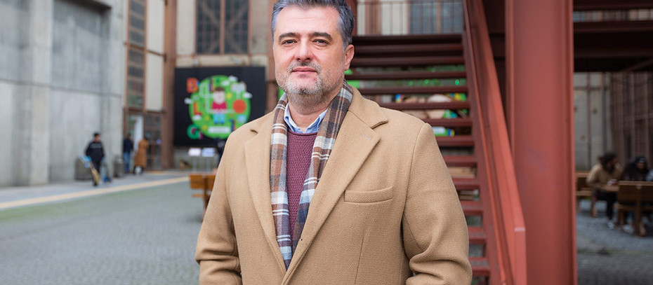 Ayla Burçin Kahraman Yazdı- Yalçın Tosun Hakkında Kısaca...