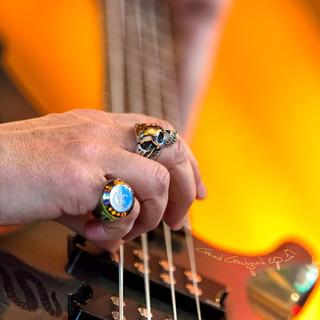 Guitariste à la tête de mort