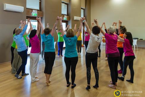 Formazione insegnanti Yoga in fiore
