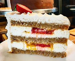 Andrea-Kyan---Sagittarius-Vanilla-Cake_M