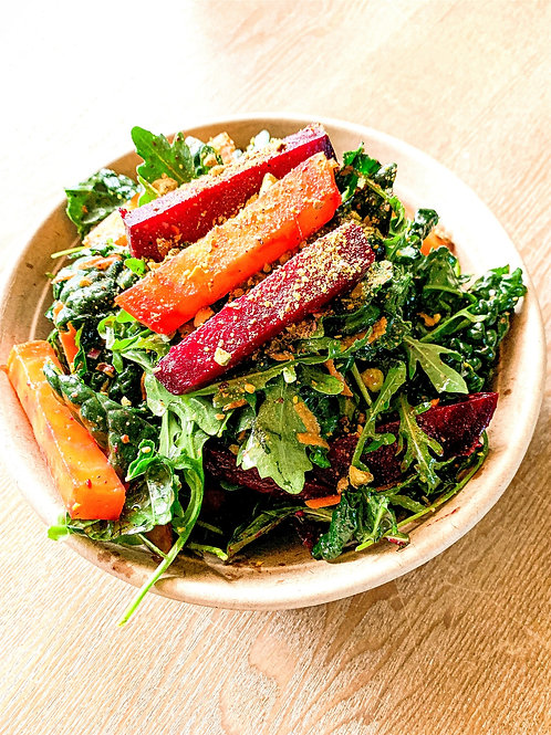 Organic Roasted Beet & Spring Mix Salad with Toasted Pistachios