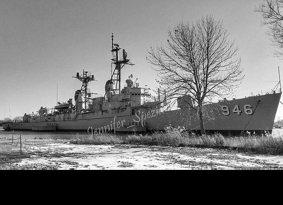 USS Edson 946