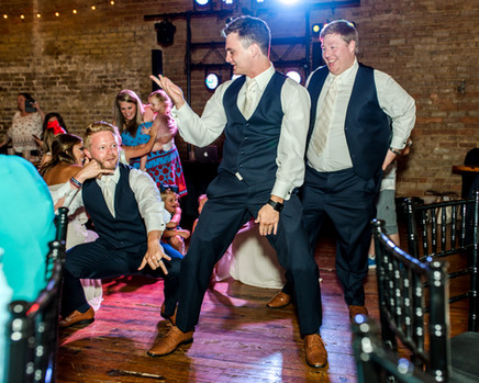 Having your wedding in Memphis?