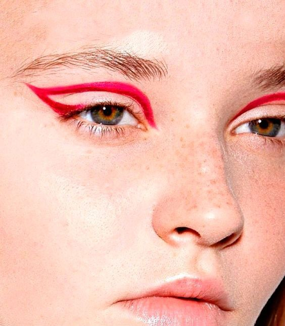 Red Graphic Eyeliner